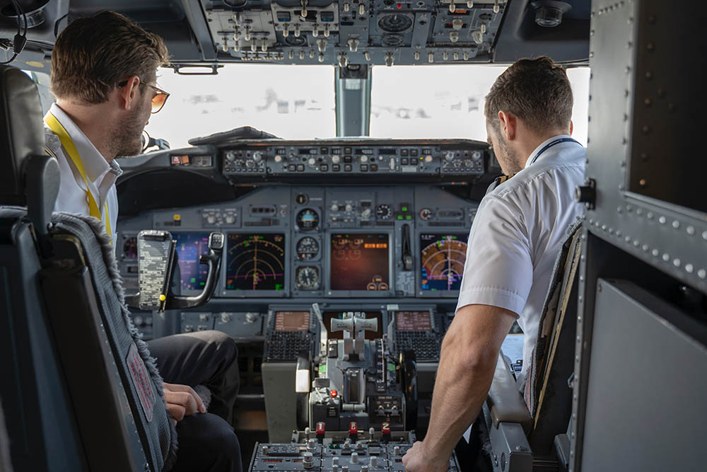 Do Pilots Die Younger